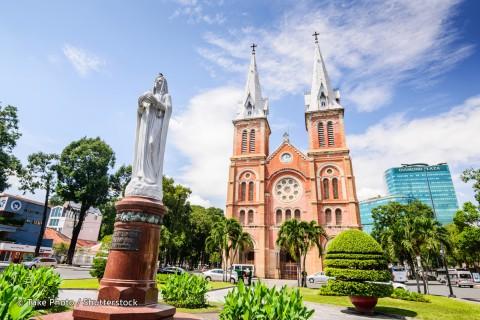 Notre-Dame Cathedral Basilica of Saigon 西貢巴黎圣母院大教堂