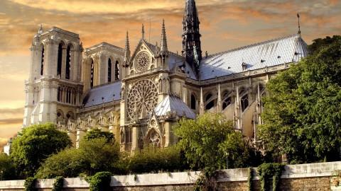 Cathédrale Notre-Dame de Paris et son trésor 巴黎聖母院