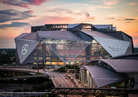 Mercedes-Benz Stadium 梅賽德斯 – 奔馳體育場
