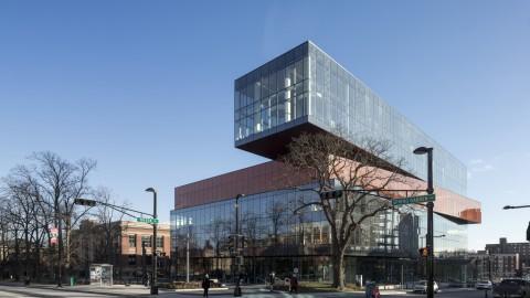 Halifax Public Libraries 哈利法克斯公共圖書館