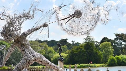 Dancing fairy statue 跳舞的童話雕像