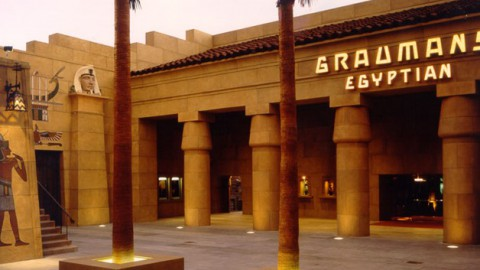 Netflix in Talks to Buy 1920's Grauman's Egyptian Theatre Located Near Disney's El Capitan |Netflix將在迪士尼的El Capitan附近購買1920年代Grauman的埃及劇院