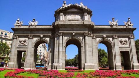 Puerta de Alcalá 阿爾卡拉門