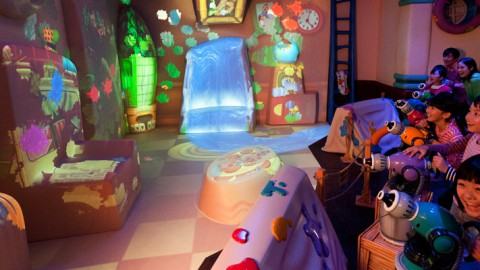 Tokyo disney-Goofy's Paint 'n' Play House 東京迪士尼-高飛遊漆屋