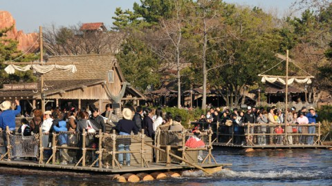 Tokyo Disney-Tom Sawyer Island Rafts 東京迪士尼-頑童湯姆之島巨竹筏