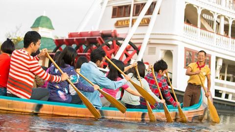 Tokyo Disney-Beaver Brothers Explorer Canoes 東京迪士尼-海狸兄弟獨木舟歷險