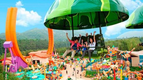 Hong Kong Disneyland – Toy Soldier Parachute Drop 香港迪士尼樂園 – 玩具士兵降落傘