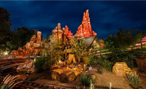 Disney California Adventure – Big Thunder Mountain Railroad 迪士尼加州冒險樂園–大雷山鐵路