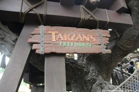 Hong Kong Disneyland – Rafts to Tarzan's Treehouse 香港迪士尼樂園 – 前往泰山樹屋之木筏