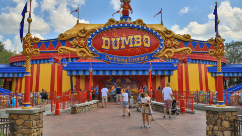 Shanghai Disneyland-Dumbo the Flying Elephant 上海迪士尼樂園 – 小飛象
