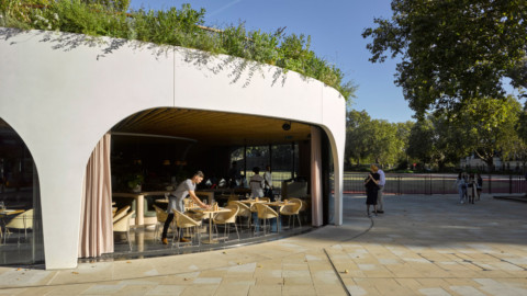 London cafe in spiral concrete shell has retractable windows 螺旋混凝土外殼的倫敦咖啡館有可伸縮的窗戶
