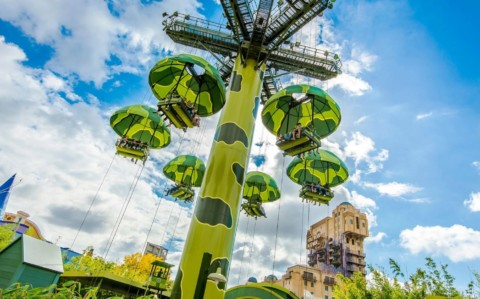 Hong Kong Disneyland – Toy Soldier Parachute Drop 香港迪士尼樂園 – 玩具士兵降落傘