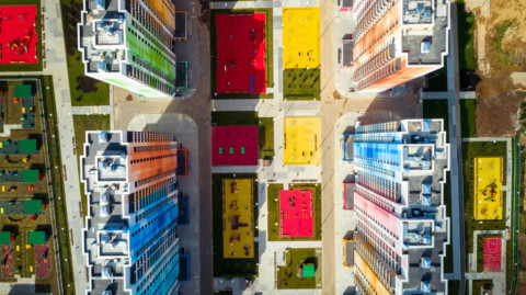 "Iosa Ghini Associati counters Moscow's ""monotony"" with brightly coloured apartment blocks
