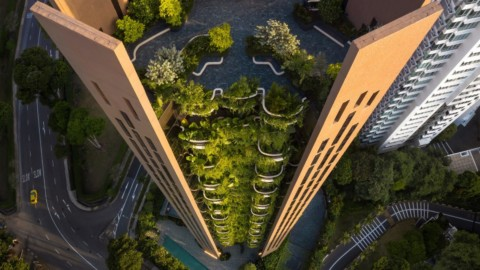 Heatherwick Studio's Singapore skyscraper has balconies overflowing with plants|希瑟威克工作室(Heatherwick Studio)在新加坡的摩天大樓中,陽台上到處都是植物
