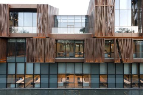 Selcuk Ecza Headquarters | Tabanlıoğlu Architects