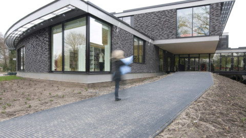 Multifunctional Building   BDG Architects