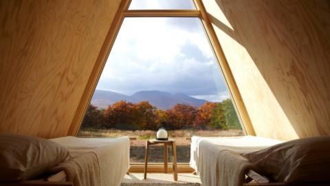 Den Cabin Kit is a DIY wooden guesthouse that can be built in a few days Den Cabin Kit是可以在幾天內建造的DIY木製旅館