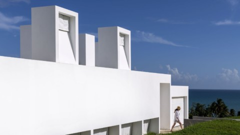 Flores House   FUSTER + Architects