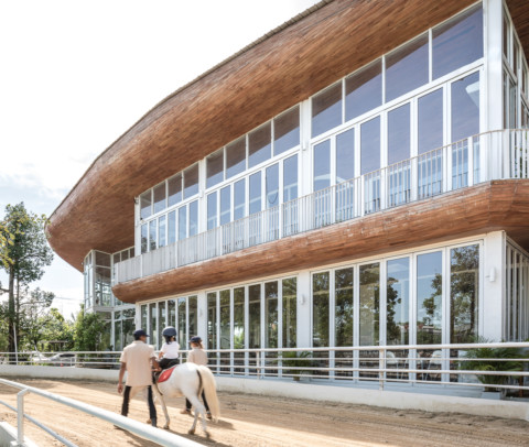 The Hay Equestrian Center and Eatery | Architectkidd