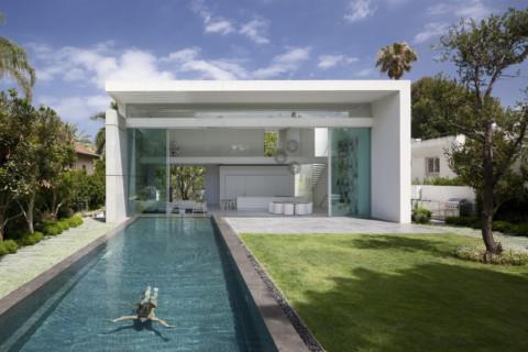 House Between 2 Gardens | Pitsou Kedem Architects