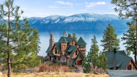 30 Acre Storybook Mountain Retreat for $8.95M in Sagle, ID 30英畝的故事書山度假屋,售價895萬美元,內布拉斯加州