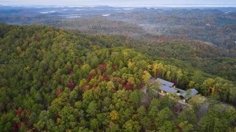 Short Mountain House has views over Tennessee national park|肖特山之家可眺望田納西州國家公園