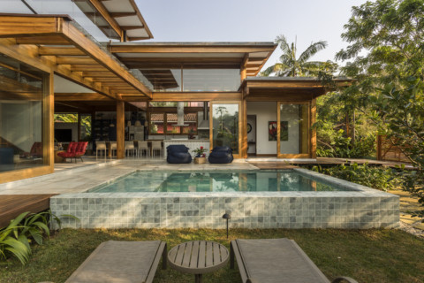 Porta Amarela House | Flávia Menezes Arquitetura e Interiores